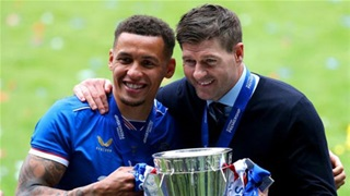 Gerrard hoàn tất cú hat-trick danh hiệu cá nhân ở Scotland