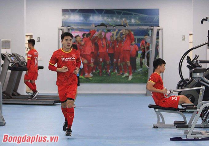Cả 3 cầu thủ đều không chấn thương nghiêm trọng. Họ có thể tái xuất đội tuyển Việt Nam trong khoảng  4-5 ngày nữa