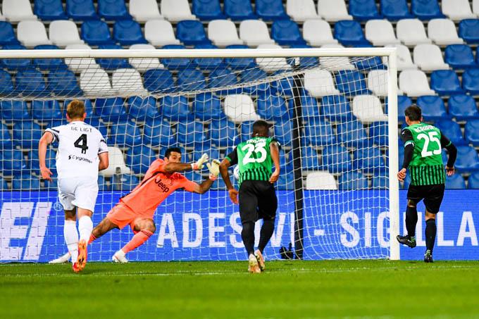 Buffon sẽ không gia nhập Roma