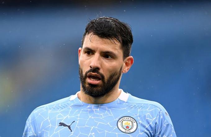 Aguero sẽ là cầu thủ tự do vào mùa Hè này