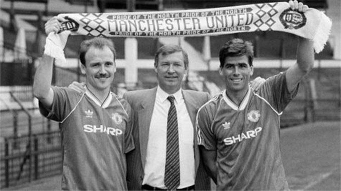 Sir Alex đã có 3 mùa giải đầu rất chật vật ở Man United
