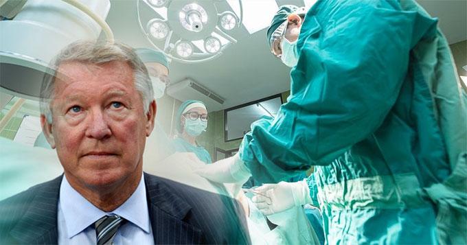 Sir Alex Ferguson đã phải trải qua một cuộc phẫu thuật kéo dài vì chảy máu não