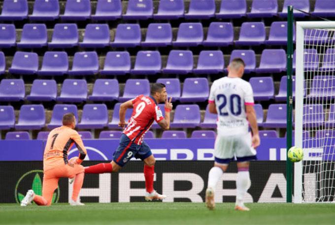 Suarez là người hùng của Atletico