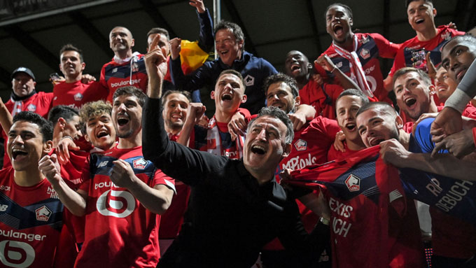 Lille giành ngôi vô địch Ligue 1 một cách xứng đáng