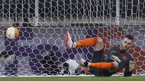 """De Gea không cản được quả luân lưu nào trong loạt """"đấu súng"""" ở chung kết Europa League 2020/21"""