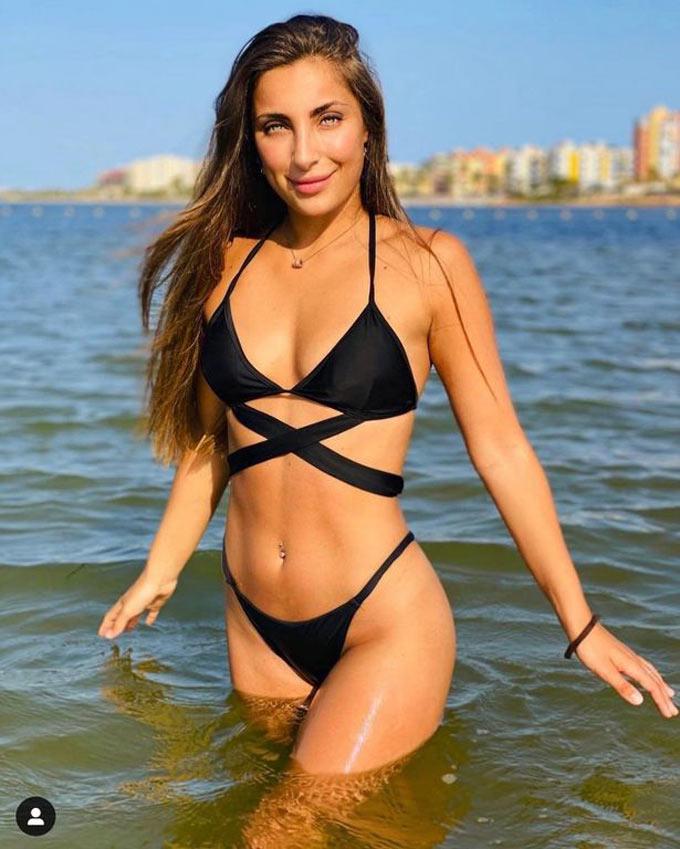 Sara Botello (bạn gái Aymeric Laporte)
