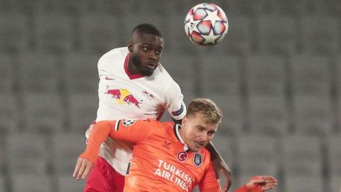 Bayern: Ai có thể thay thế 'trái tim' Alaba?