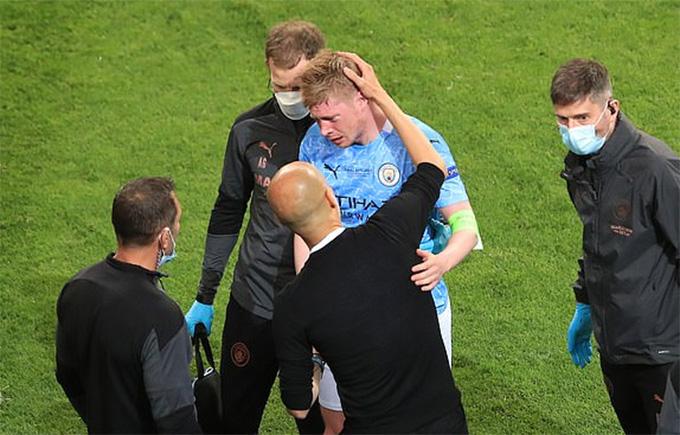 De Bruyne rời sân là dấu chấm hết cho Man City