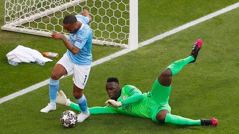 Ederson phát động tấn công, Sterling suýt ghi bàn vào lưới Chelsea