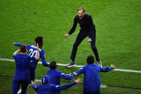 HLV Tuchel ăn mừng chức vô địch Champions League 2020/21 của Chelsea