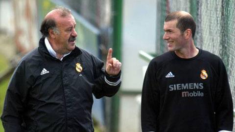 Zidane và Del Bosque (trái) đều từng có 2 lần dẫn dắt Real