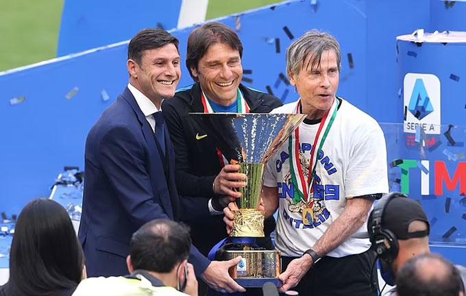 Conte giúp Inter vô địch Serie A nhưng nhanh chóng rời đi sau đó