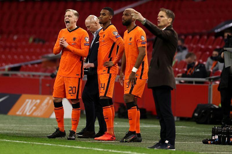 Hà Lan khó lòng tiến sâu