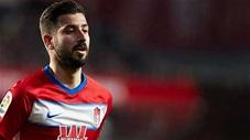 Cầu thủ được mệnh danh 'Ronaldo Tây Ban Nha' đã tự hủy hoại sự nghiệp thế nào?