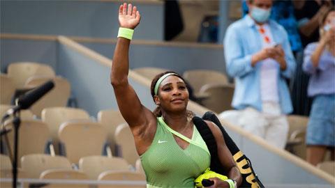 Serena Williams thua tay vợtngoài top 20 trước tứ kết Roland Garros 2021