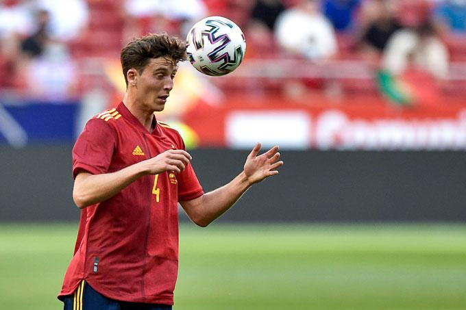 Pau Torres là trụ cột nơi hàng thủ của ĐT Tây Ban Nha tại EURO 2020
