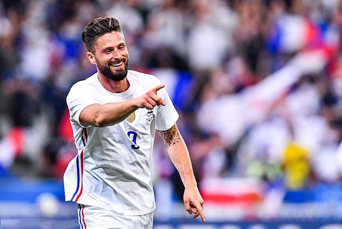 Giroud lập cú đúp ở những phút cuối trận Pháp vs Bulgaria