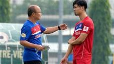 HLV Park Hang Seo và Công Phượng là khắc tinh của bóng đá Malaysia