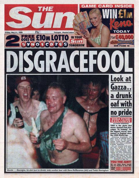 Sheringham và các đồng đội đã có một đêm đáng nhớ trước khi tham dự EURO 1996