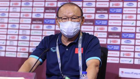 HLV Park Hang Seo: 'Việt Nam sẽ chơi lạnh lùng trước Malaysia'