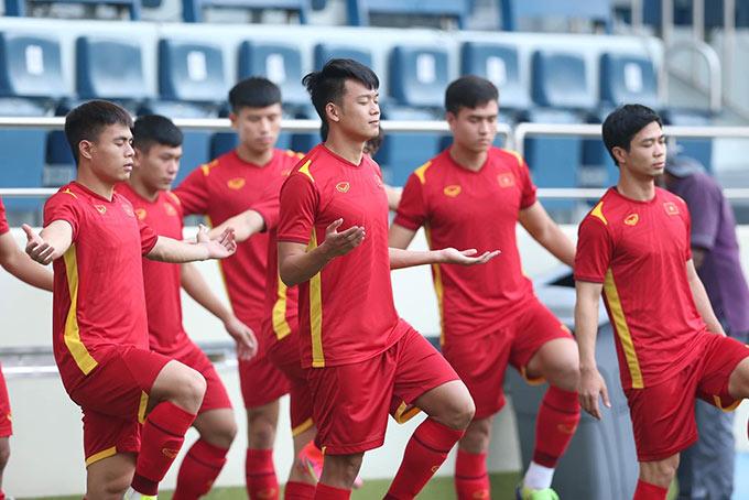Các tuyển thủ Việt Nam được yêu cầu tập thiền ở buổi tập trước trận đấu 1 ngày