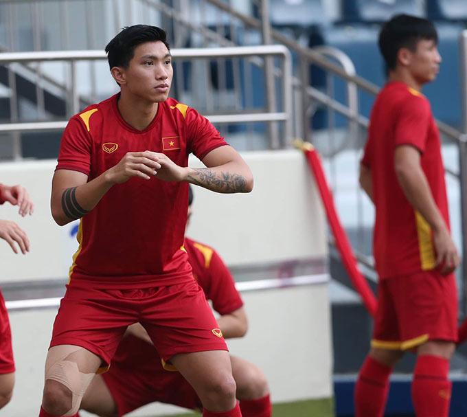 Hậu vệ Đoàn Văn Hậu sẵn sàng cho trận đấu với Malaysia