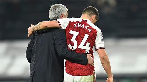 Mục tiêu đầu tiên của Mourinho tại Roma là Xhaka