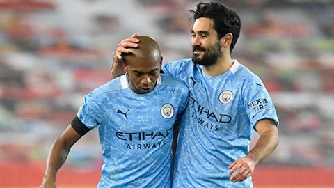Man City tự tin giữ chân Gundogan và Fernandinho