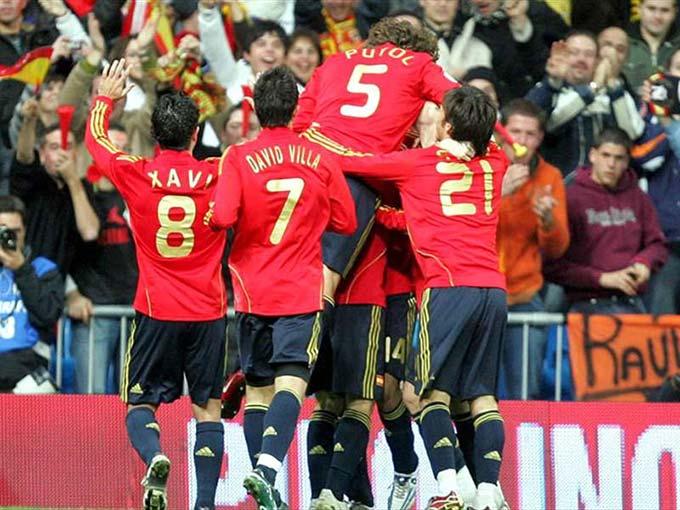 Xavi truyền cảm hứng cho chức vô địch EURO 2008