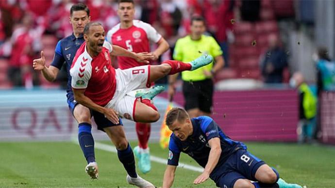 """Tường thuật Đan Mạch 0-1 Phần Lan<span class=""""lived""""></span>"""