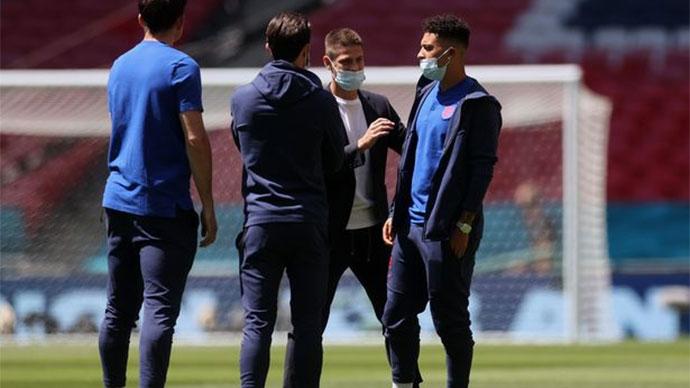 Vì sao Sancho và Chilwell không được đăng ký ở trận Anh vs Croatia?