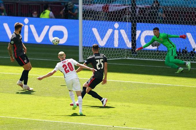 Foden thi đấu đầy tự tin trong lần đầu khoác áo ĐT Anh ở 1 giải đấu lớn