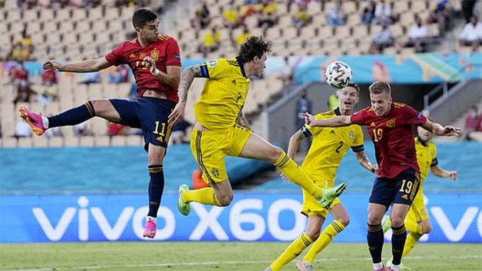 Tây Ban Nha có hàng tá cơ hội nhưng không thể ghi bàn