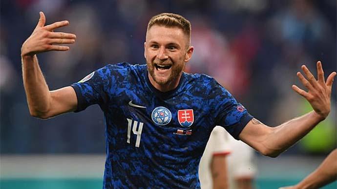 "Tường thuật Ba Lan 1-2 Slovakia<span class=""lived""></span>"