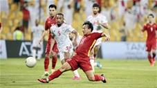 Ai bảo Việt Nam không biết đá tiqui-taca, xem bàn thắng của Minh Vương vào lưới UAE