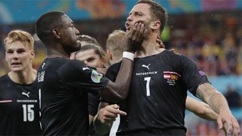 Arnautovic bị treo giò ở trận Hà Lan vs Áo