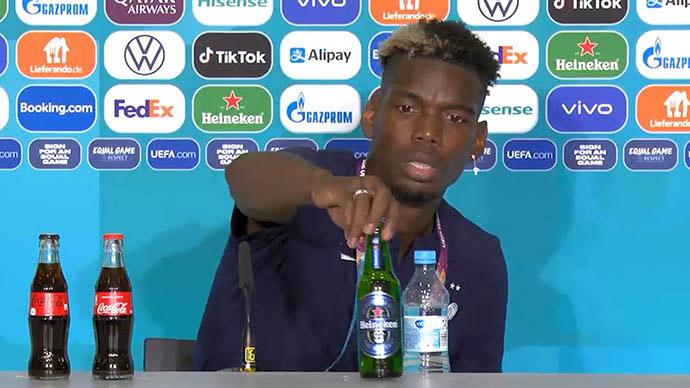"""Sau Ronaldo, đến lượt Pogba 'ngó lơ' đồ uống của nhà tài trợ<span class=""""video""""></span>"""