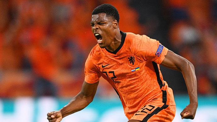 """Tường thuật Hà Lan 2-0 Áo<span class=""""lived""""></span>"""