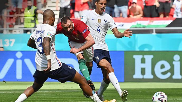 Fiola ghi bàn mở tỷ số cho Hungary