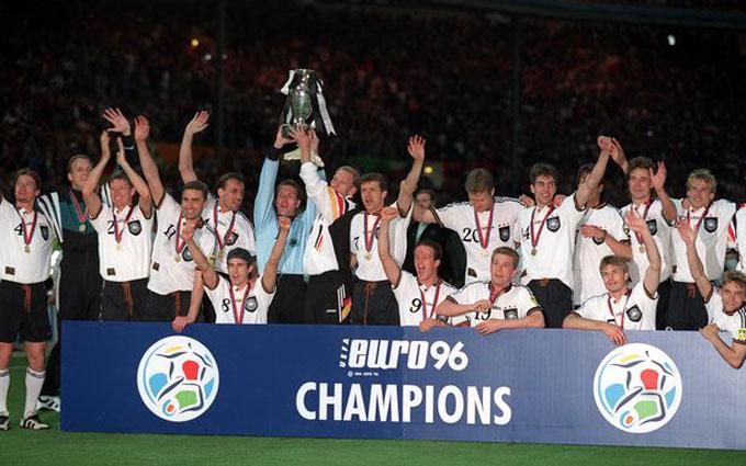 Đức vô địch EURO 1996 với thành tích sạch lưới tại vòng bảng