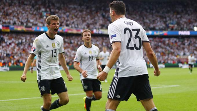 ĐT Đức năm 2016 cũng giữ sạch lưới tại vòng bảng và vào tới tận bán kết