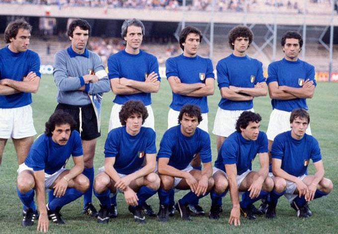 ĐT Italia năm 1980 chính là đội đầu tiên có thành tích sạch lưới tại vòng bảng