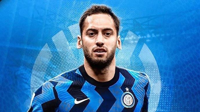 Hakan Calhanoglu rời Milan, đến Inter theo dạng tự do