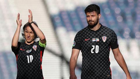 Bản lĩnh của Modric (trái) và các đồng đội sẽ giúp ĐT Croatia vượt qua chủ nhà Scotland ở trận cầu sinh tử
