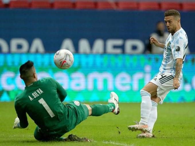 Gomez ghi bàn duy nhất cho Argentina