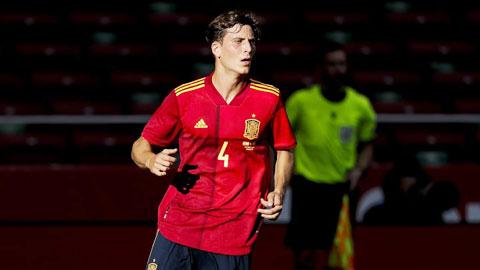 Trung vệ Pau Torres (Tây Ban Nha): 'Chúng tôi sẽ làm bất kỳ điều gì Enrique muốn'