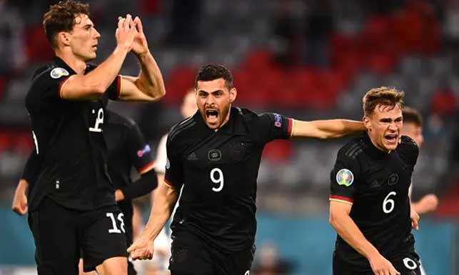 Goretzka cứu rỗi ĐT Đức bằng bàn thắng quý như vàng