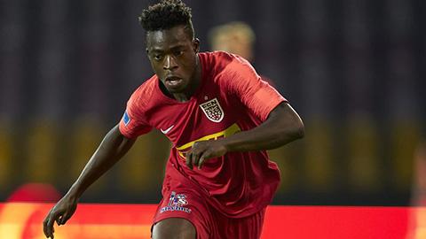 MU bị tố 'đi đêm' với sao trẻ người Ghana ngay 'cửa nhà' Ajax
