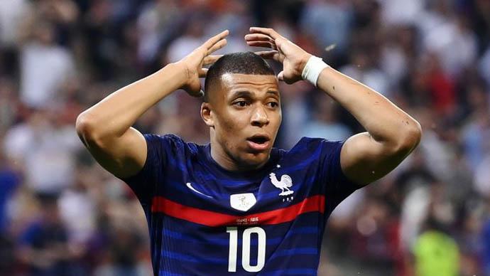 Điểm nhấn Pháp vs Thụy Sỹ: Hình ảnh trái ngược của Pogba và Mbappe