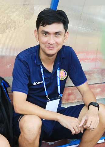 Theo HLV Tuấn Phong, Mbappe đã phải chịu nhiều áp lực khi đá quả luân lưu cuối cùng